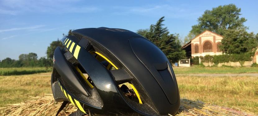 Z Alpha Mips! Il nuovo casco di Zerorh+ che unisce sicurezza eaerodinamicità.